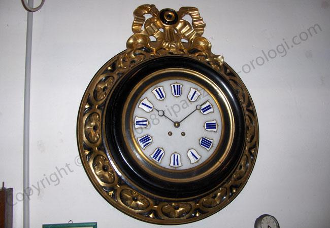Orologi da parete antichi tutte le immagini per la for Immagini orologi da parete moderni